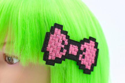 80s kids fashion Pink Pixel Hair Bow