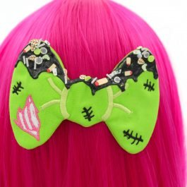 Frosted Decoden Zombie Hair Bow